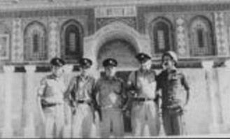 Gershon Salomon on the Temple Mount on the day of its liberation